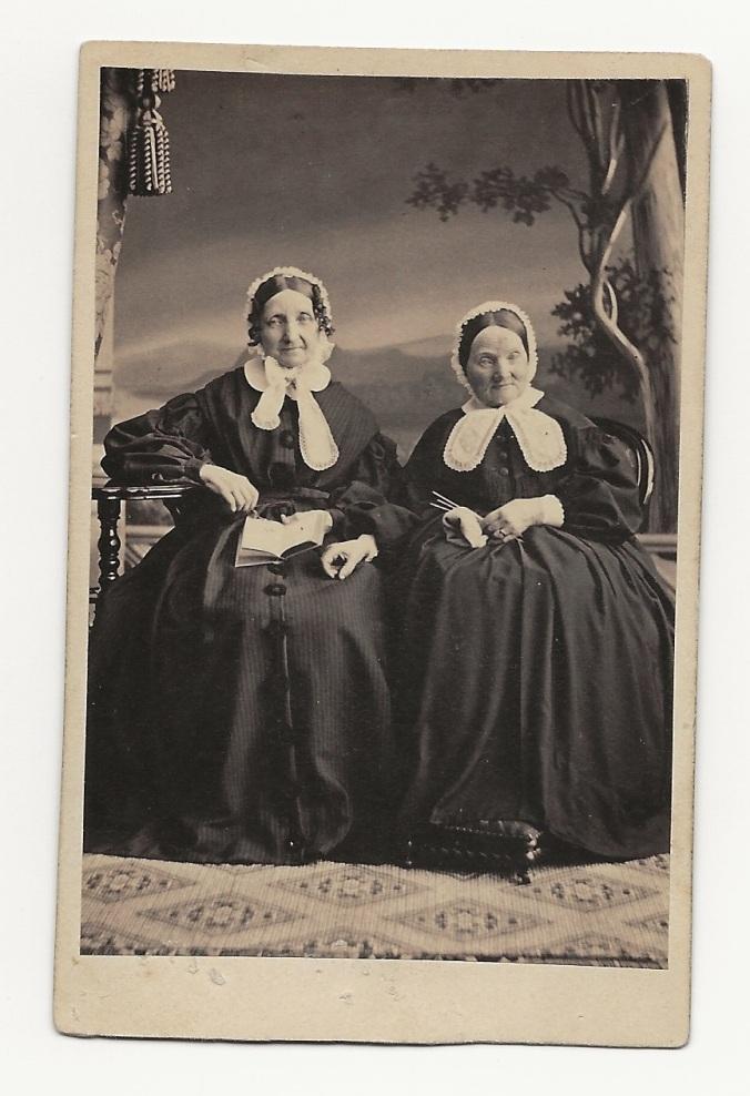 Anna Kajsa och Ulla Waller
